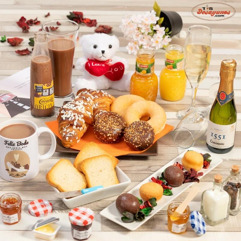 desayuno-domicilio-feliz-boda